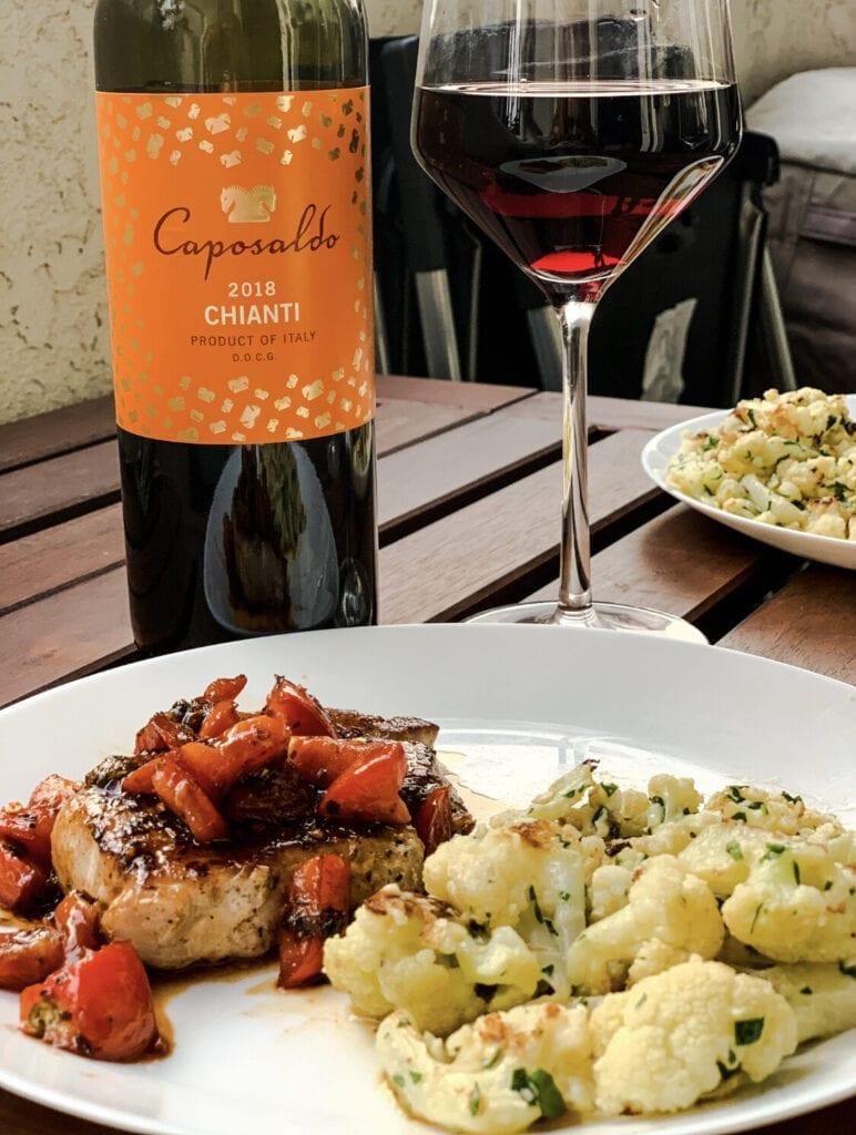 Caposaldo Chianti DOCG, Italian wine, red wine bottle, Tuscan food