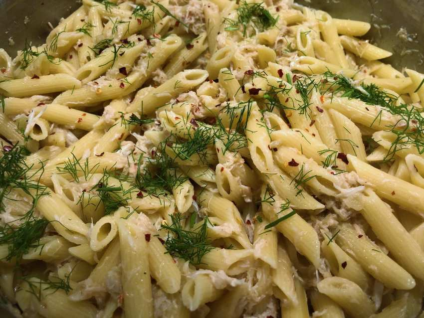 Penne with crab and fennel