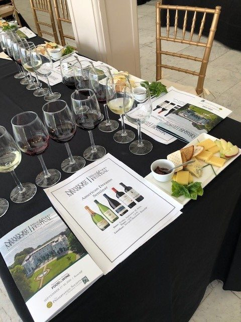 Newport Seminar with wines and cheeses